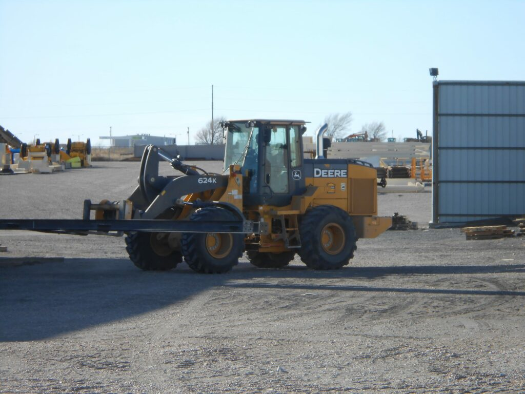 A used loader that is part of Excel Machinery's used equipment inventory.
